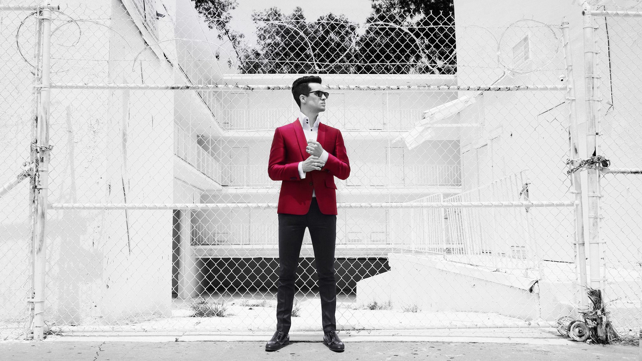 Panic! At the Disco: Pray for the Wicked Tour with...