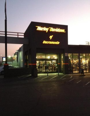 Harley-Davidson of Sacramento presents Pictures With the Easter Bunny