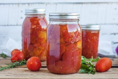 Preserving the Harvest: Tomatoes!