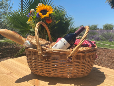 Fourth of July Wine Picnic at Great Bear Vineyards...